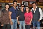 Vivaan Shah, Sonu Sood, Shah Rukh Khan, Farah Khan and Boman Irani Visited Gaiety Galaxy Theater In Mumbai
