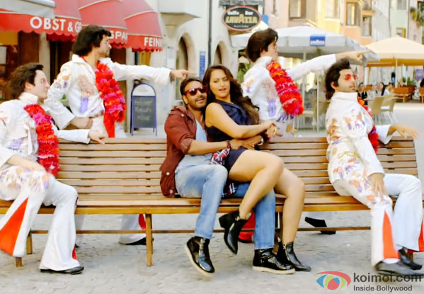 Ajay Devgn and Sonakshi Sinha in a still from movie 'Action Jackson'