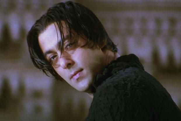 Salman Khan In Tere Naam - Tere Hairstyle Ke Liye 2 Min Silence