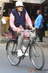 Amitabh Bachchan Spotted In Kolkata Shooting For 'Piku' Pic 4