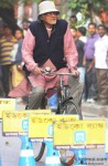 Amitabh Bachchan Spotted In Kolkata Shooting For 'Piku' Pic 5
