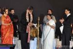 Amitabh Bachchan, Mamata Banerjee and Shah Rukh Khan Attend Kolkata Film Festival Pic 2