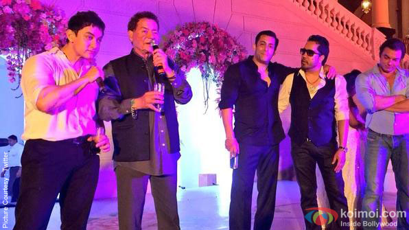 Aamir Khan, Salim Khan, Salman Khan, Mika Singh and Sohail Khan during the Arpita Khan-Ayush Sharma's Wedding