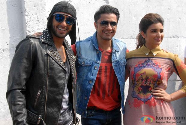 Ranveer Singh, Parineeti Chopra and Ali Zafar during the promotion of movie 'Kill Dil' Pic 1
