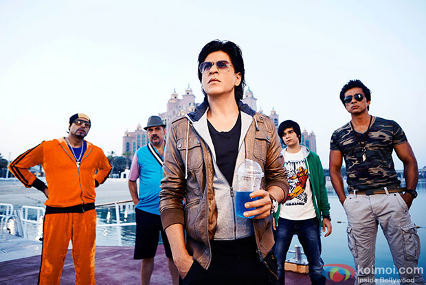Abhishek Bachchan, Boman Irani, Shah Rukh Khan, Vivaan Shah and Sonu Sood in a still from movie ' Happy New Year'
