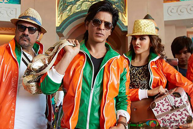 Boman Irani, Shah Rukh Khan and Deepika Padukone in a still from movie 'Happy New Year'