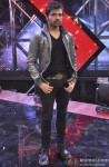 Himesh Reshammiya On The Sets Of 'India's Raw Star' Pic 2