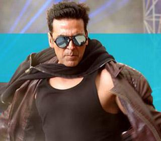 Akshay Kumar in a 'Ishq Kutta Hai' song still from movie 'The Shaukeens'