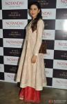 Karisma Kapoor Launches Sunita Shekhawat's Jewellery Pic 3