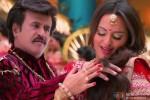 Rajinikanth and Sonakshi Sinha in Lingaa Movie Stills Pic 2
