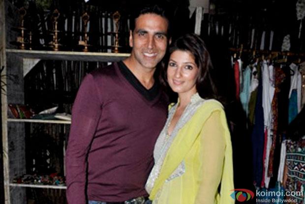 Akshay Kumar and Twinkle Khanna at an event