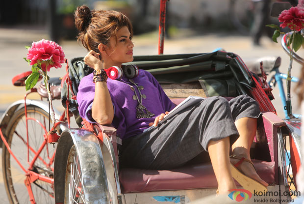 Jacqueline Fernandez on the set of movie 'Roy'