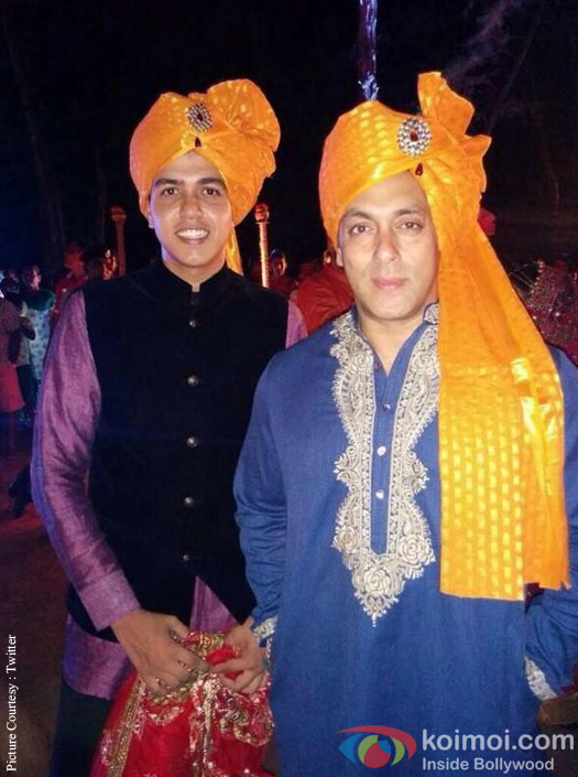 Salman Khan Becomes The 'Baraati' For Pulkit Samrat's Wedding
