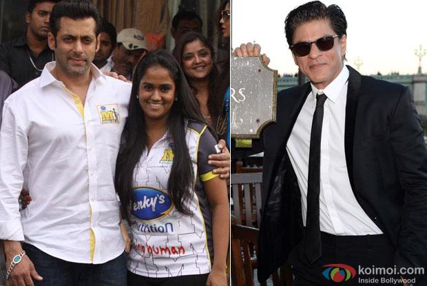 Salman Khan with his sister Arpita Khan and Shah Rukh Khan