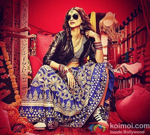 Sonam Kapoor in a still from movie 'Dolly Ki Doli'