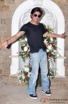 Shah Rukh Khan Celebrated His Birthday With Media In Mumbai Pic 2
