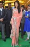 Aishwarya Rai Bachchan during the launch of Kalyan Jewellers Store Pic 3