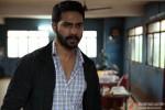 Varun Dhawan in Badlapur Movie Stills Pic 5