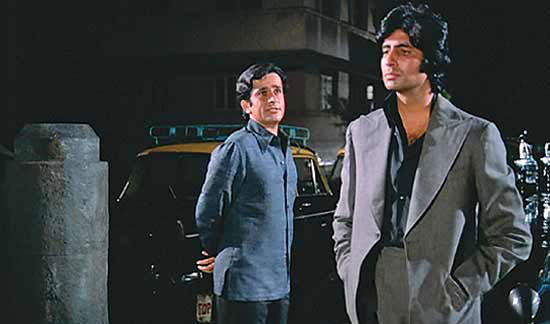 Amitabh Bachchan and Shashi Kapoor in a still from movie 'Deewar'