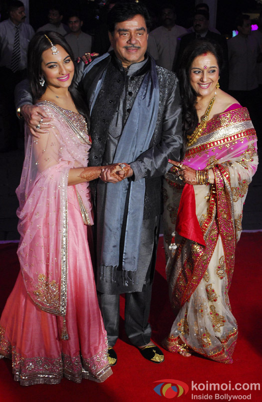 Luv Sinha, Shatrughan Sinha, Sonakshi Sinha, Poonam Sinha and Taruna Agarwal during the Kush Sinha's wedding reception