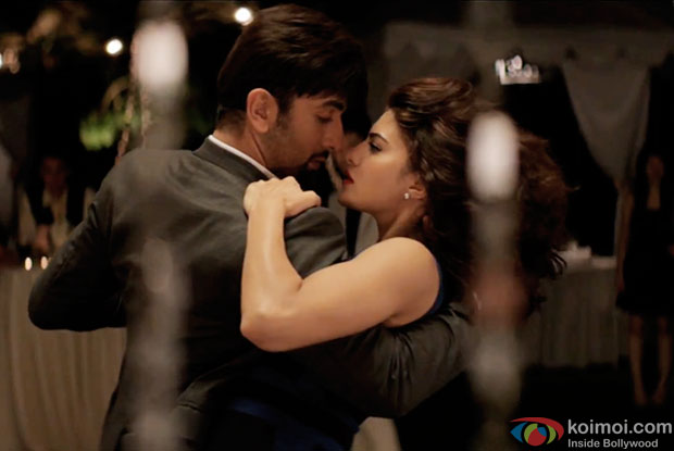 Ranbir Kapoor and Jacqueline Fernandez in a still from movie 'Roy'