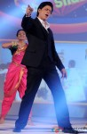 Shah Rukh Khan performing during the launch of New TV Show 'Sabse Shaana Kaun? Pic 1