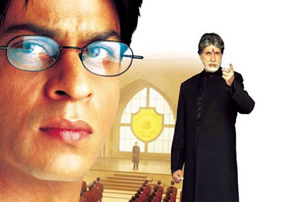 Shah Rukh Khan and Amitabh Bachchan in a still from movie 'Mohabbatein'