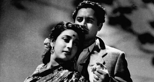 still from movie 'Pyaasa (1957)'