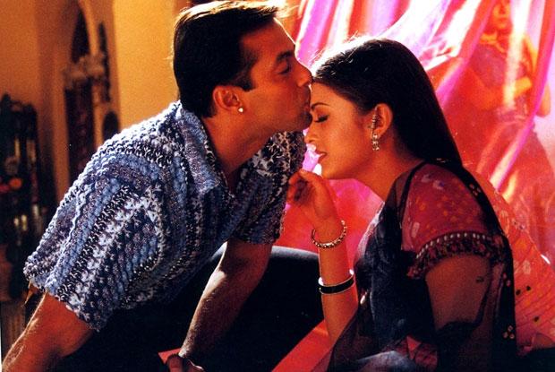 still from movie 'Hum Dil De Chuke Sanam (1999)'
