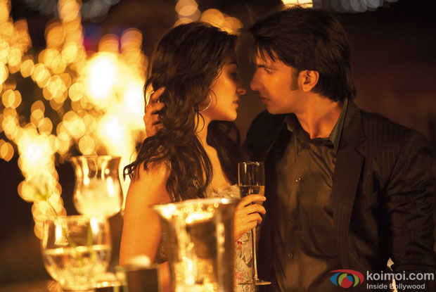 still from movie 'Band Baaja Baaraat (2010)'