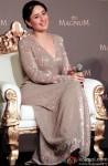 Kareena Kapoor Khan at the launch of Magnum Ice Cream Pic 5