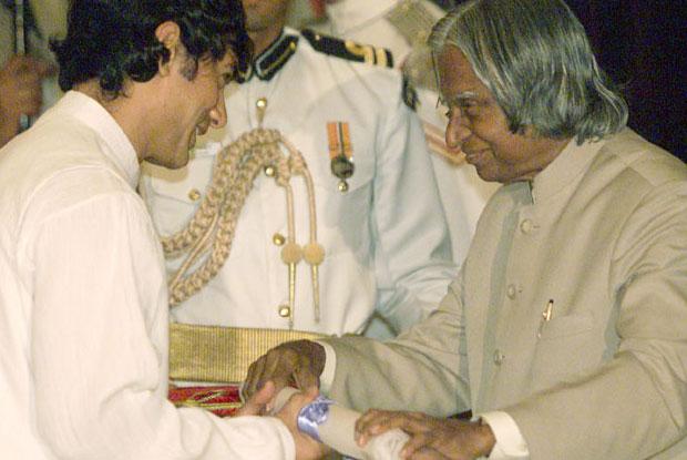 Aamir Khan was honored by Padma Shri Award in 2003