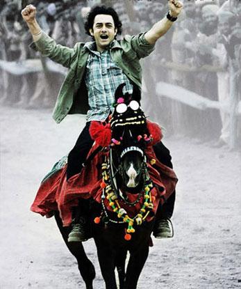 Aamir Khan in a still from movie 'Rang De Basanti (2006)'