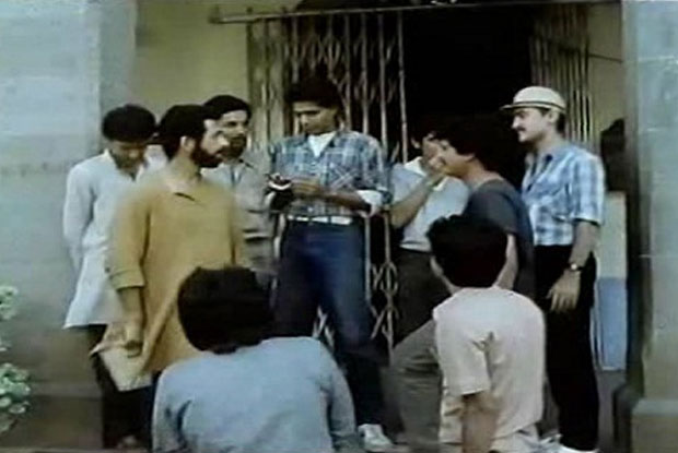Aamir Khan in a still from movie 'Holi (1984)'