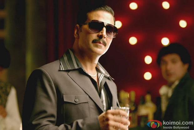Akshay Kumar in a still from movie 'Once Upon ay Time in Mumbai Dobaara! (2013)'