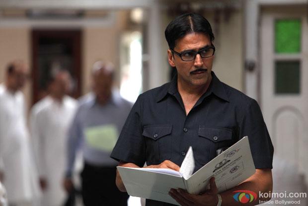Akshay Kumar in a still from movie 'Special 26 (2013)'
