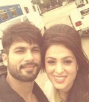 Shahid Kapoor and Anjana on the sets of Shaandaar