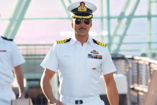 Akshay Kumar in a still from movie 'Rustom (2016)'