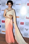Kangana Ranaut in a Manish Malhotra's saree at LFW 2014