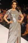 Kangana Ranaut dons a blingy gown at the LFW 2014