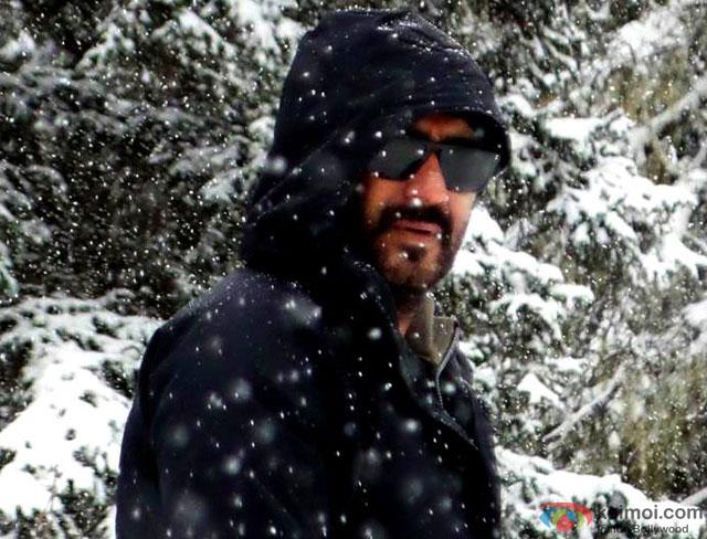 Ajay Devgn on the sets of movie 'Shivaay'