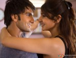 Ranveer Singh and Anushka Sharma in Dil Dhadakne Do Movie Stills Pic 2