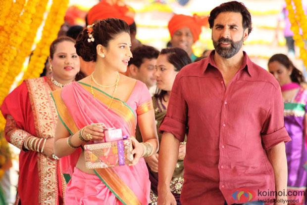 Shruti Hassan and Akshay Kumar in a still from movie 'Gabbar Is Back'