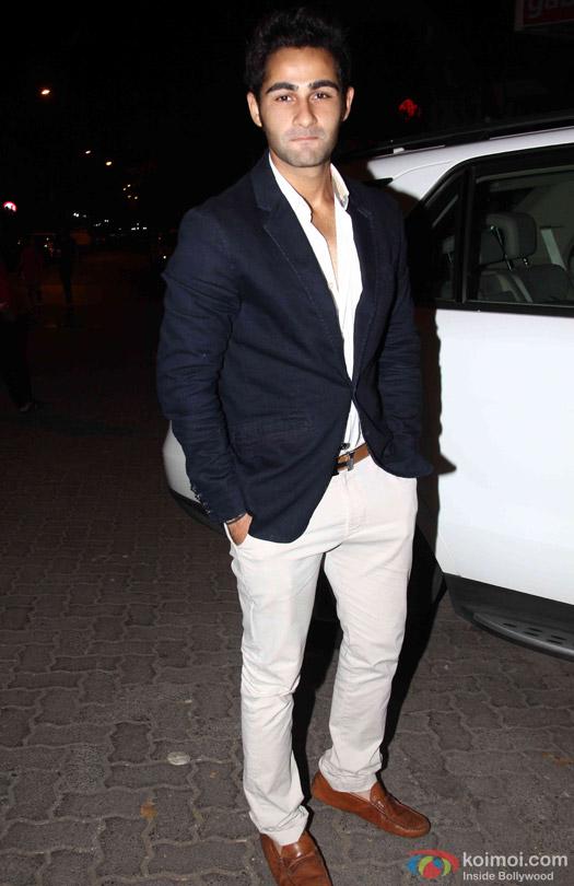 Armaan Jain Celebrate Babita Kapoor's Birthday