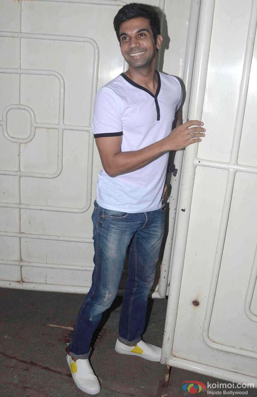 Rajkummar Rao Spotted At Juhu