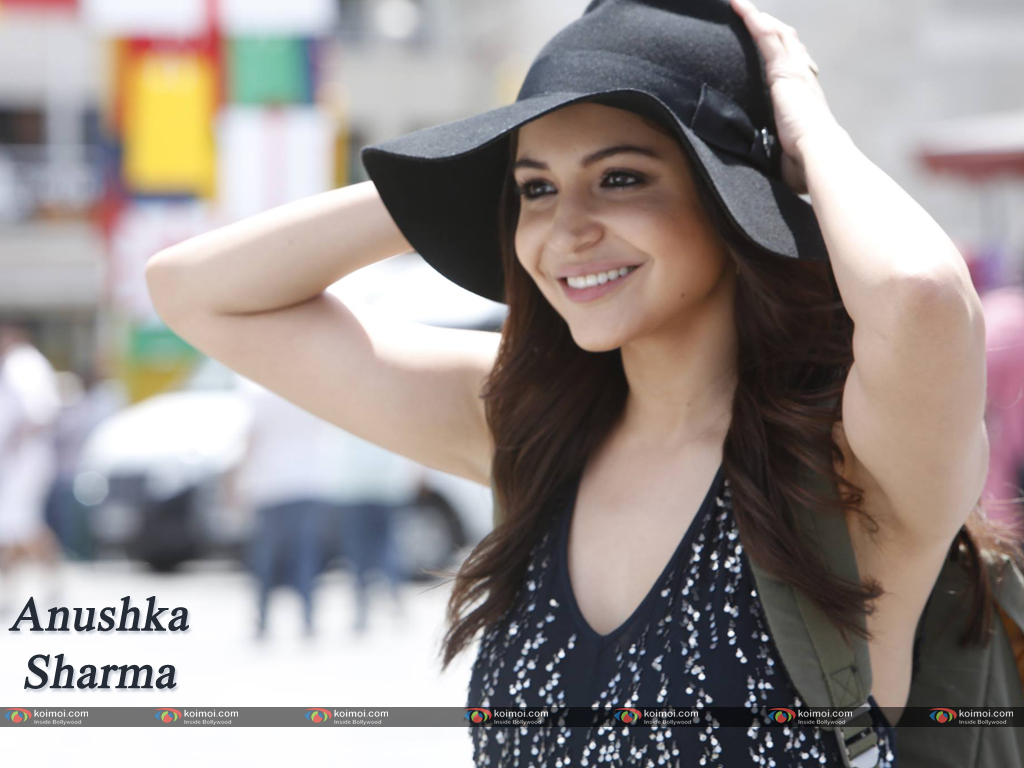 Anushka Sharma Wallpaper 10