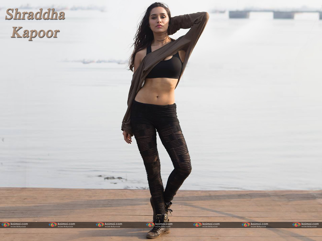 Shraddha Kapoor Wallpaper 8