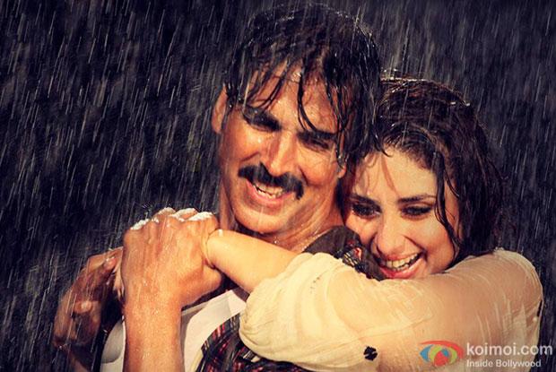 Akshay Kumar and Kareena Kapoor in a still from movie 'Gabbar Is Back'