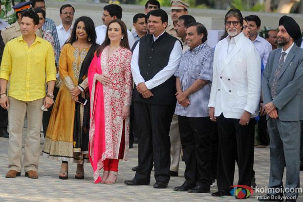 Sachin Tendulkar, Amruta Fadnavis, Nita Ambani, Devendra Fadnavis, Mukesh Ambani and Amitabh Bachchan during the inauguration of JIO Garden