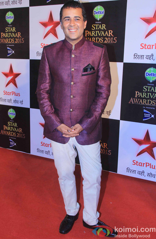 Chetan Bhagat during the Star Parivaar Awards 2015